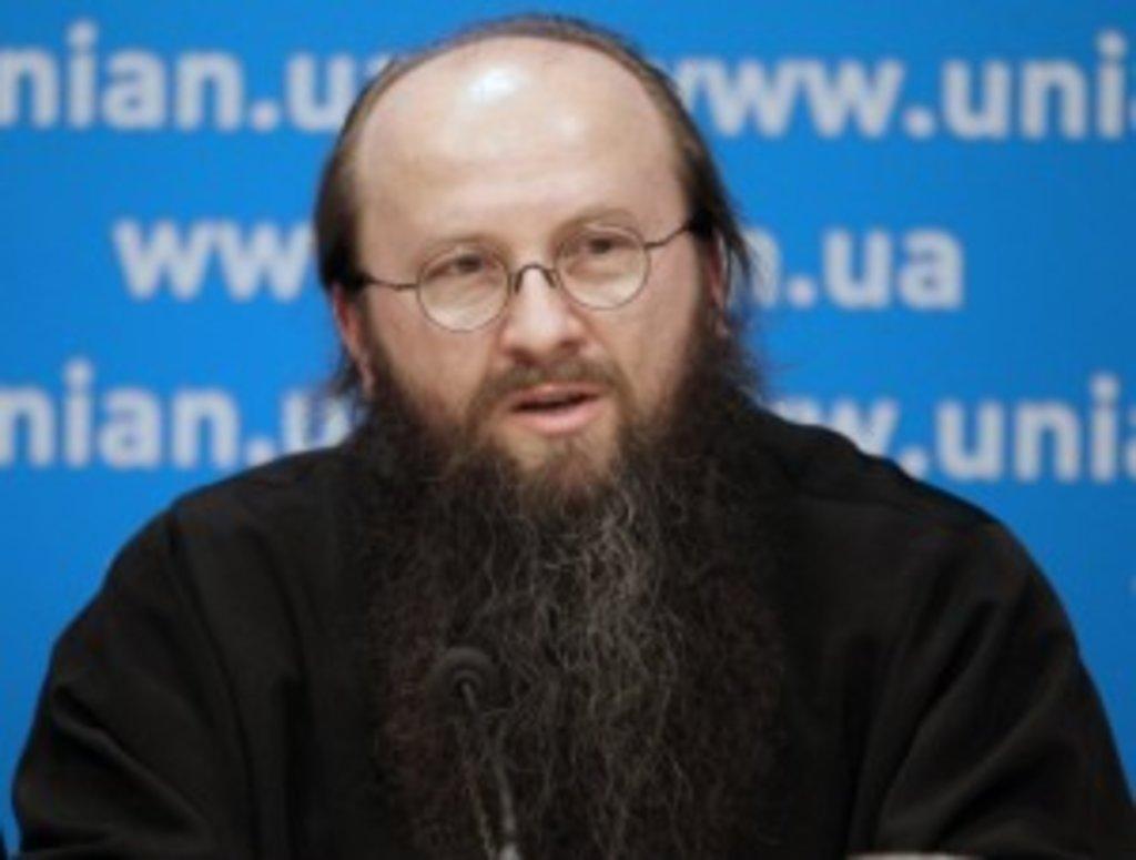 Голова Синодального Відділу УПЦ з соціально-гуманітарних питань протоієрей Владислав Діханов