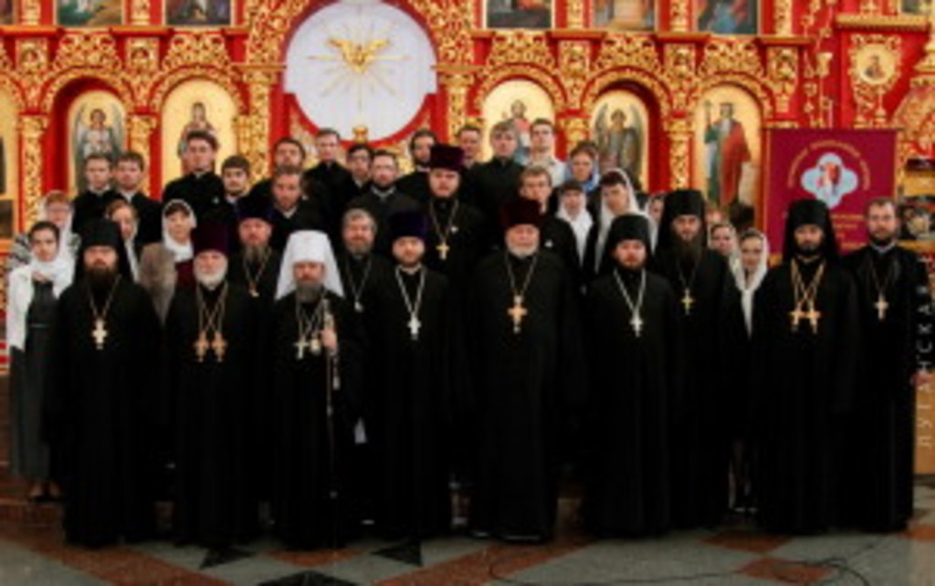 24 травня у Луганському Богословському Університеті імені Архістратига Михаїла відбувся випускний акт
