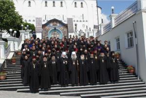 Випускний акт в Почаївській ДС очолили митрополит Сергій і митрополит Володимир
