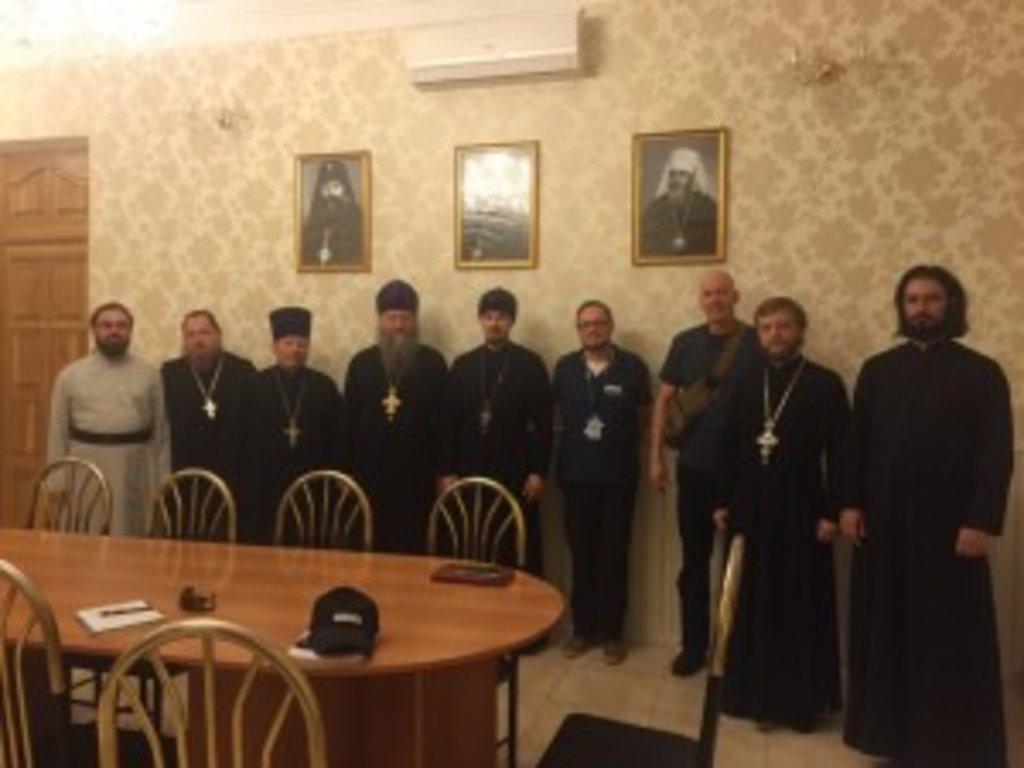 Зустріч представників Місії ОБСЄ з духовенством Луганської єпархії