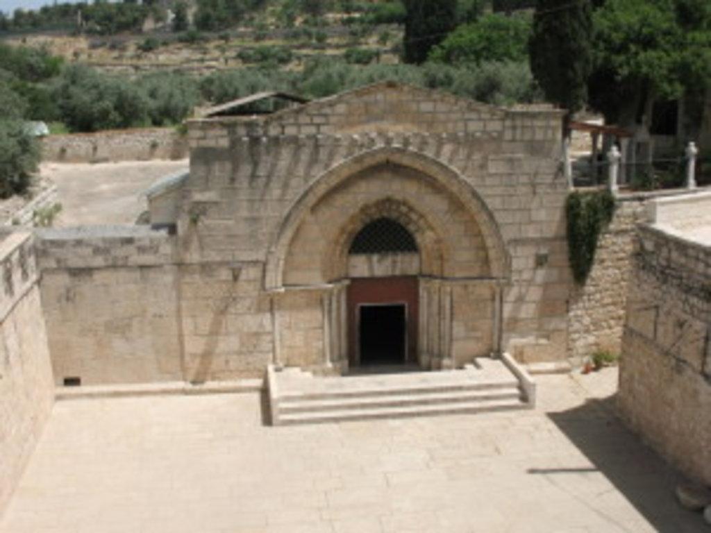 Вхід до храму Успіння Пресвятої Богородиці в Гефсиманії