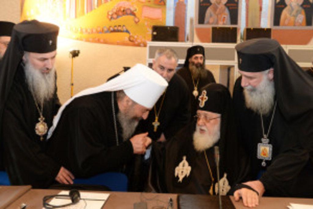 Предстоятель УПЦ вітає Первоієрарха Грузинської Православної Церкви Святійшого Патріарха-Католікоса Ілію ІІ