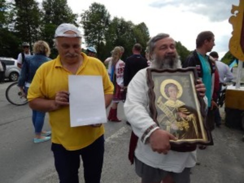 єдиний незрячий українець, який керував літаком, єдиний незрячий наш співвітчизник, який побував на Афоні