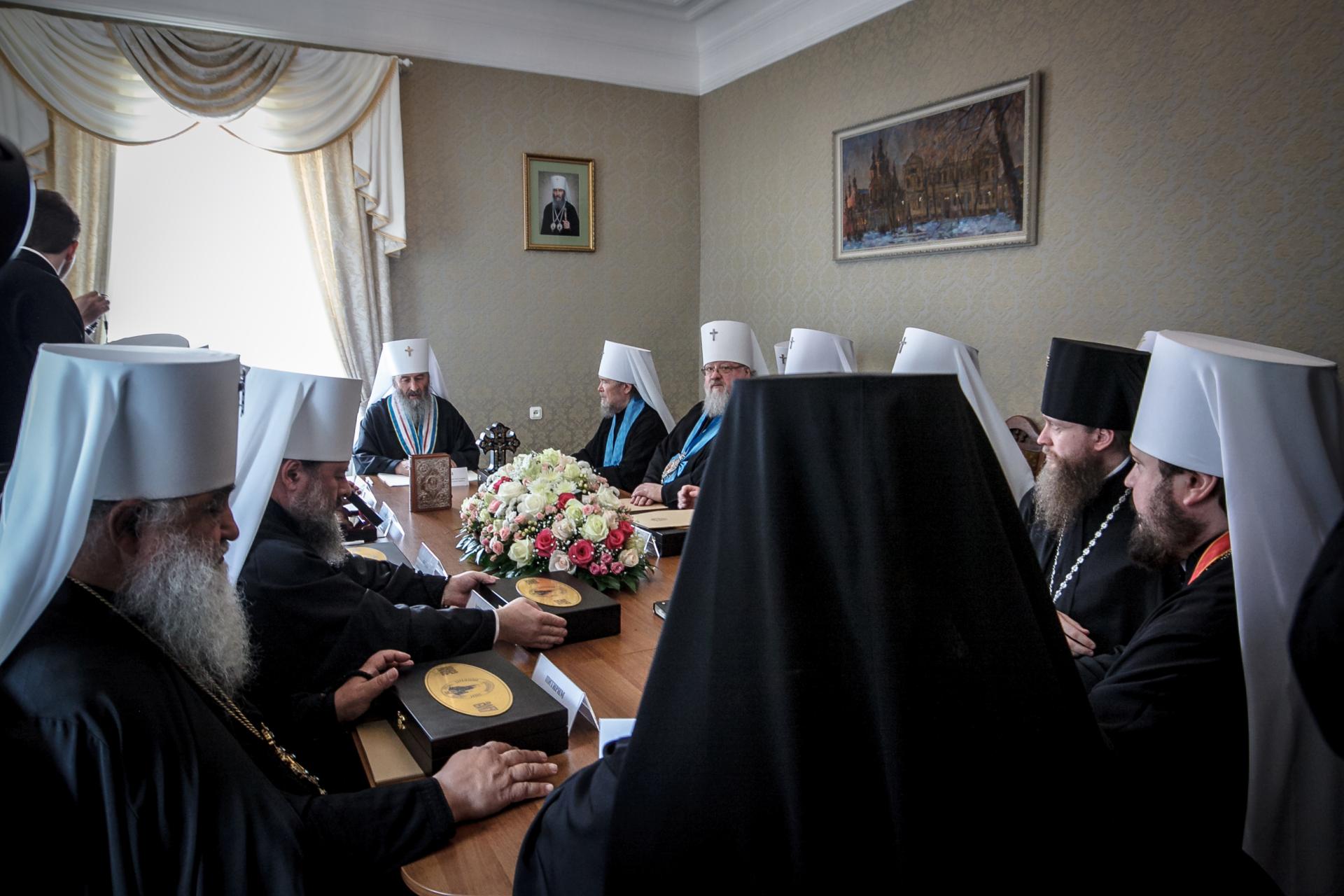 Священный Синод УПЦ призвал Раду непринимать «церковные» законы