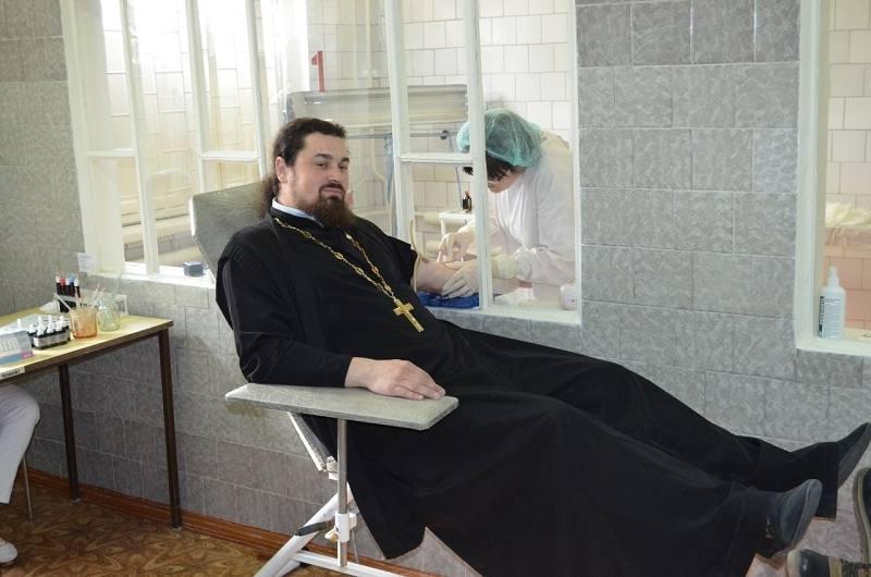 Священники-доноры