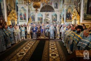 Предстоятель возглавил празднование в честь иконы Божией Матери «Споручница грешных» в Корецком монастыре