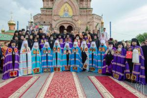 Предстоятель возглавил торжества по случаю 25-летия возрождения Голосеевской пустыни