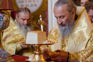 Блаженніший Митрополит Онуфрій звершив Літургію в Успенському соборі Києво-Печерської Лаври