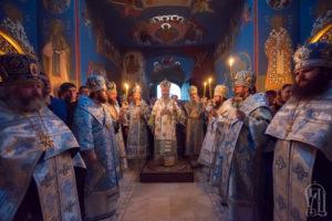 Предстоятель возглавил всенощное бдение накануне престольного праздника в Академическом храме Киевских духовных школ
