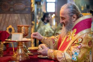 В Неделю 24-ю по Пятидесятнице Блаженнейший Митрополит Онуфрий возглавил Божественную литургию в Киево-Печерской Лавре (+видео)