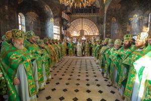 Предстоятель возглавил Божественную литургию в день памяти преподобного Нестора Летописца