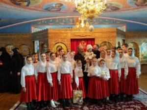 Воспитанники детского дома, который опекают в Банченском монастыре, поздравили Предстоятеля с Рождественскими праздниками