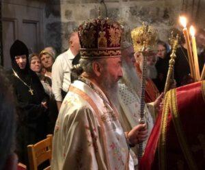 Предстоятель совершил Божественную литургию в храме Воскресения Христова на Гробе Господнем