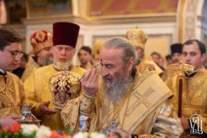 Накануне дня памяти святителя Николая Предстоятель совершил всенощное бдение в Киево-Печерской Лавре