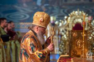 Предстоятель: Свт. Николай неверующих обращает к Богу, а верующих учит стремиться к духовному совершенству