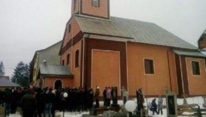 Провокації на Закарпатті: агресивні представники «ПЦУ» проти священика й неповнолітніх дітей