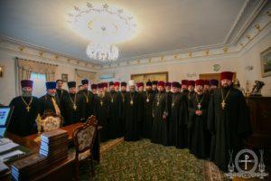 Керуючий справами УПЦ зустрівся зі священиками захоплених розкольниками храмів