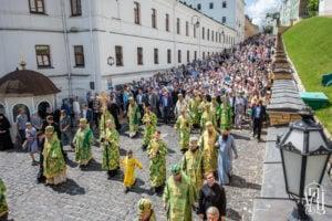 Предстоятель очолив святкові богослужіння з нагоди дня пам'яті преподобного Антонія Печерського (+відео)