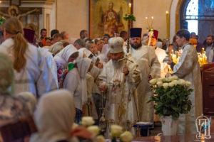 Напередодні свята Преображення Блаженніший Митрополит Онуфрій очолив всенічне бдіння у Києво-Печерській Лаврі