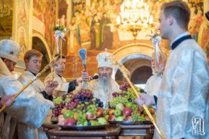 У день Преображення Господнього Блаженніший Митрополит Онуфрій очолив святкове богослужіння у Києво-Печерській Лаврі (+відео)
