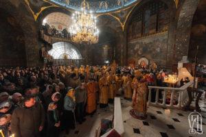 Накануне Недели 26-й по Пятидесятнице Блаженнейший Митрополит Онуфрий совершил всенощное бдение в Киево-Печерской Лавре