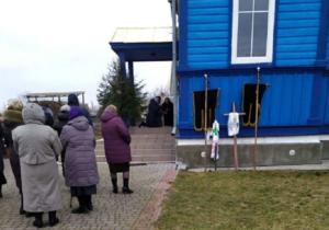 На Волыни сторонники «ПЦУ» под предлогом похорон совершили попытку захвата храма УПЦ