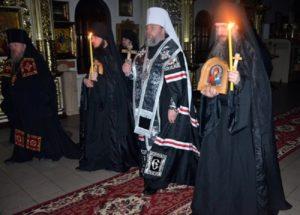 В Криворожской и Северодонецкой епархиях совершены монашеские постриги