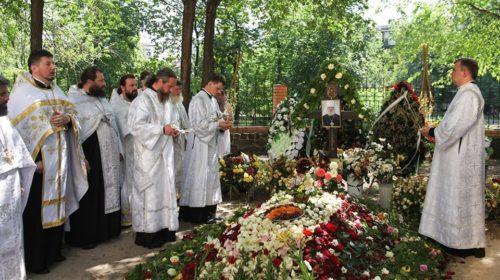 Черкаська єпархія молитовно вшанувала пам'ять спочилого митрополита Софронія в дев'ятий день від його кончини