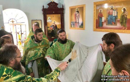 """Митрополит Климент в Оленівці освятив новий храм замість захопленого """"ПЦУ"""""""