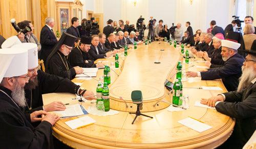 ВСЦиРО призывает парламент наладить взаимодействие с религиозным сообществом