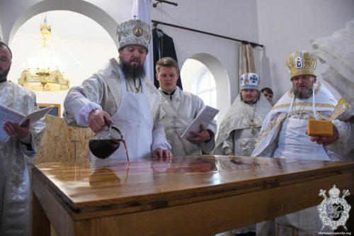 Митрополит Житомирський Никодим освятив храм на честь св. Архістратига Михаїла