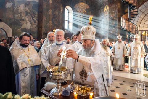 У Навечір'я Богоявлення Блаженніший Митрополит Онуфрій очолив святкове богослужіння у Києво-Печерській Лаврі (+відео)