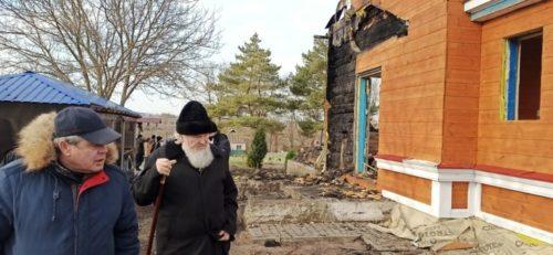 Керуючий Кіровоградською єпархією відвідав храм, який відновлюють після пожежі