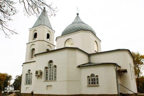 Одеська єпархія оскаржує дії Мін'юста і клірика «ПЦУ», який захопив храм УПЦ у Сараті