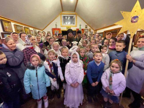 У Волинській єпархії привітали з Різдвом Христовим вірян, у яких відібрали храми. Сповідники XXI століття: репортаж