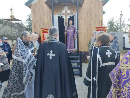 У селі Петрівка Джанкойської єпархії освятили новий модульний храм