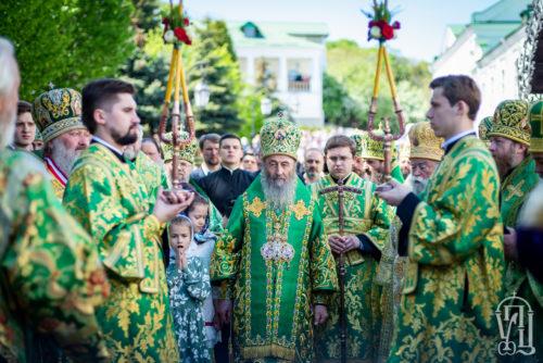 Предстоятель очолив святкове богослужіння з нагоди дня пам'яті преподобного Феодосія Печерського та жон-мироносиць (+фото, відео)
