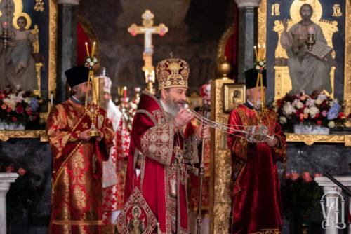 У ніч Славного Христового Воскресіння Блаженніший Митрополит Онуфрій очолив урочисте богослужіння у Києво-Печерській Лаврі