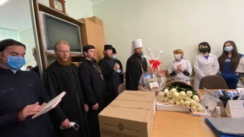 В єпархіях Української Православної Церкви діляться пасхальною радістю. Репортаж. Ч.2 (оновлено)