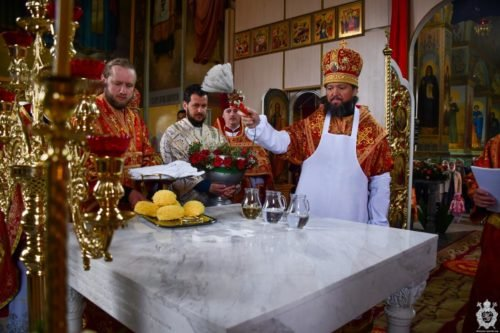 Митрополит Никодим освятив новий престол кафедрального собору Новоград-Волинського Житомирської єпархії