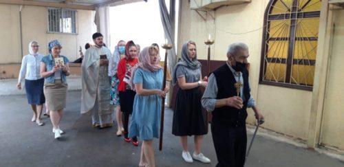 Священик УПЦ на Пасху та протягом Світлої седмиці звершував богослужіннядля української діаспори у Лівані. Репортаж