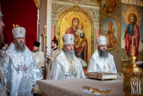 Предстоятель очолив всенічне бдіння з нагоди свята на честь Києво-Братської ікони Богородиці