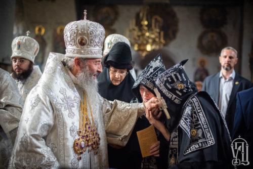У день Вознесіння Господнього Предстоятель очолив святкове богослужіння у Флорівському жіночому монастирі (відео)