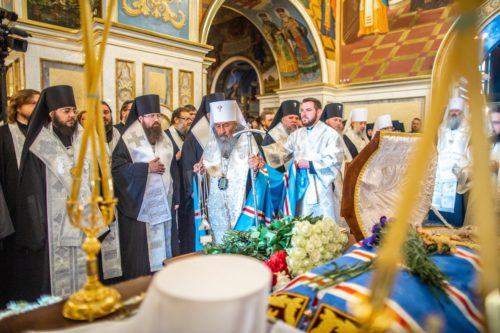 Предстоятель звершив панахиду за спочилим митрополитом Митрофаном (+відео)