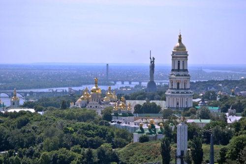 Блаженніший Митрополит Онуфрій благословив 28 липня у всіх монастирях і храмах УПЦ звершити святковий передзвін