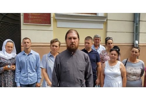 Апеляційний суд скасував незаконне рішення щодо парафії УПЦ в Задубрівці, прийняте на користь «ПЦУ»