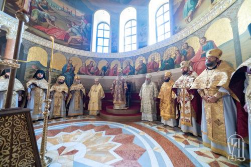 В Неделю перед Воздвижением Предстоятель возглавил Божественную литургию в Киево-Печерской лавре