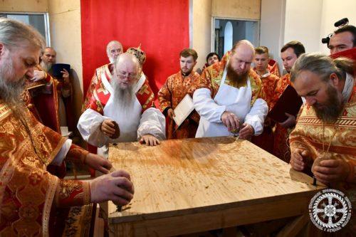 Архієпископ Нафанаїл освятив храм у с. Раків ліс на Волині, побудований замість захопленого