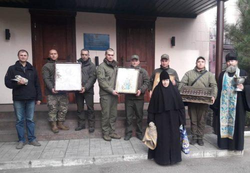 Триває всеукраїнський хресний хід зі святинями храму на честь Всіх святих воїнів