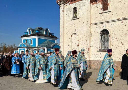 Іверський монастир Донецька, який відбудовується після руйнування, відзначив престольне свято